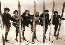 finland-skiers