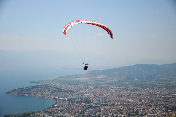 paragliding in ohrid
