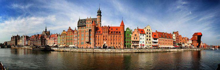 800px-2012-08-30_pano_gdansk_sm2