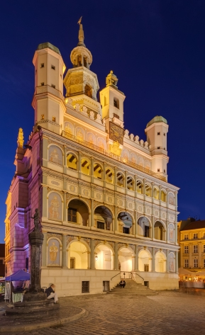 Ayuntamiento,_Poznan,_Polonia,_2014-09-18,_DD_64-66_HDRDiegoDelso