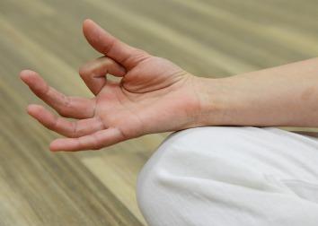 finger-meditate