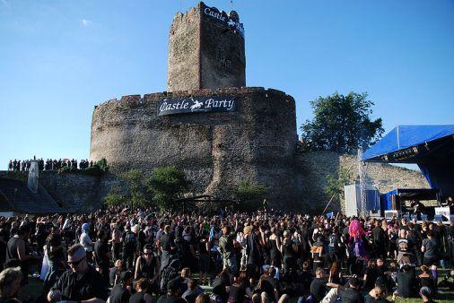 800px-Castle_Party_2008_09