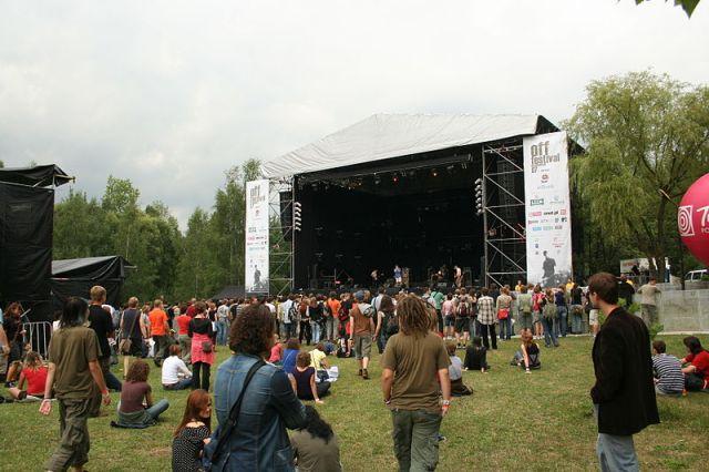800px-Off_Festival_duża_scena_p_032