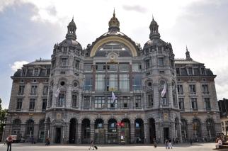 Antwerpen_Centraal_station_12-07-2010_14-04-17