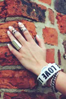 hand-bricks-rings-ring